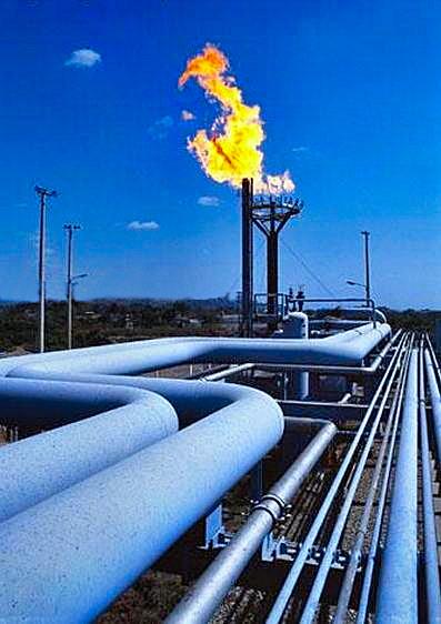 no_a_vernole_la_stazione_x_cambio_pressione_del_gasdotto_con_torce_accese_ed_emissioni_inquinanti.jpg